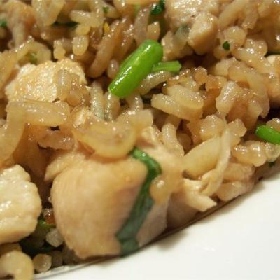 riz frit à la coriandre