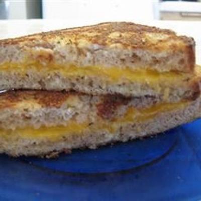 mort par sandwich au fromage