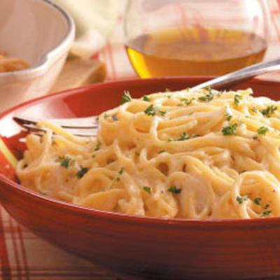 spaghettis aux quatre fromages