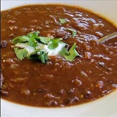 soupe aux haricots noirs et aux tomates