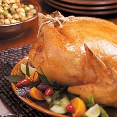 poulet rôti avec farce à la saucisse