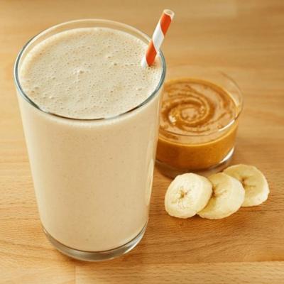 smoothie au beurre d'arachide et aux bananes