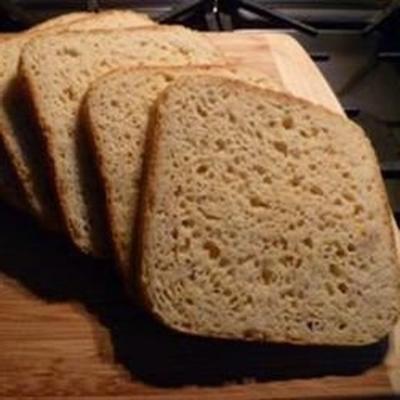 pain sans gluten dans une machine à pain