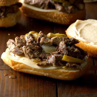 sandwichs au bœuf italien cuits lentement