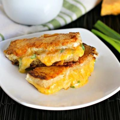 bâtonnets de fromage grillés