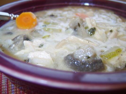 poulet rôti avec soupe de riz sauvage