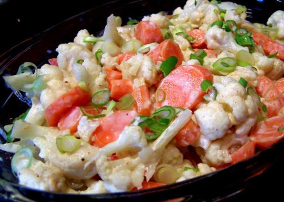 salade de chou-fleur et de carottes aux épices africaines