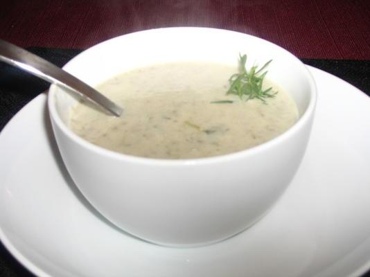 soupe aux champignons et aux oignons verts