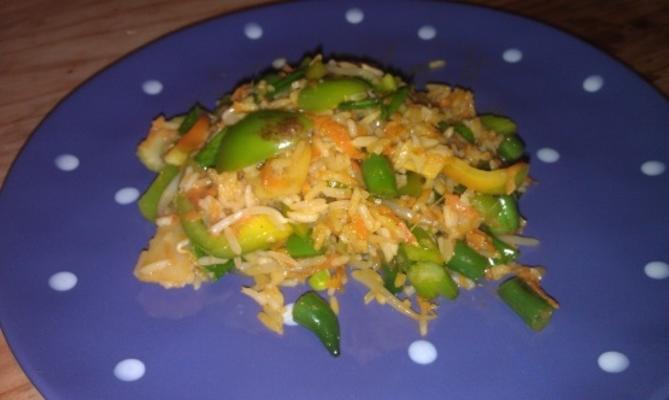 riz frit aux légumes aromatiques (éventail su cai chao)
