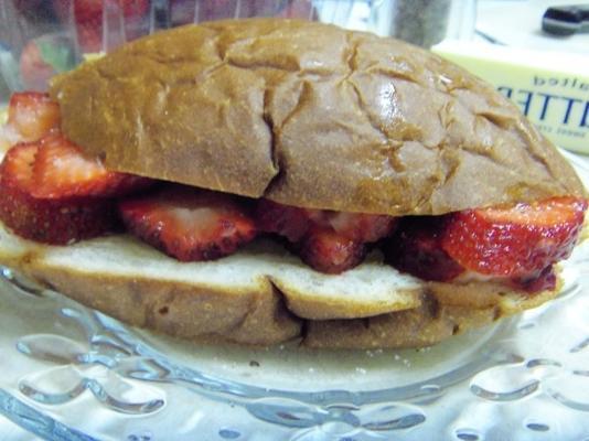 sandwich aux fraises fraîches