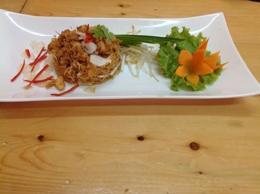 me krob (nouilles thaïes croustillantes)