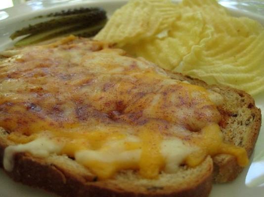 pain de seigle au fromage à l'ail