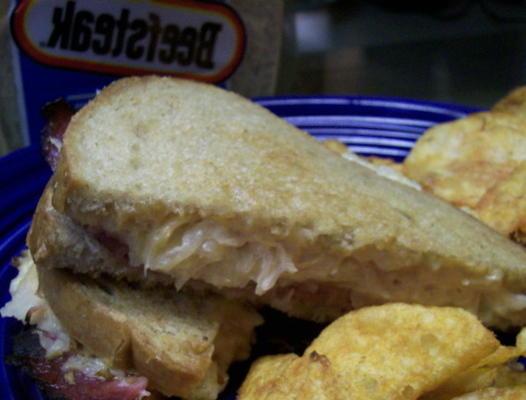 sandwich reuben cuit au four - fours nuwave / flavourwave