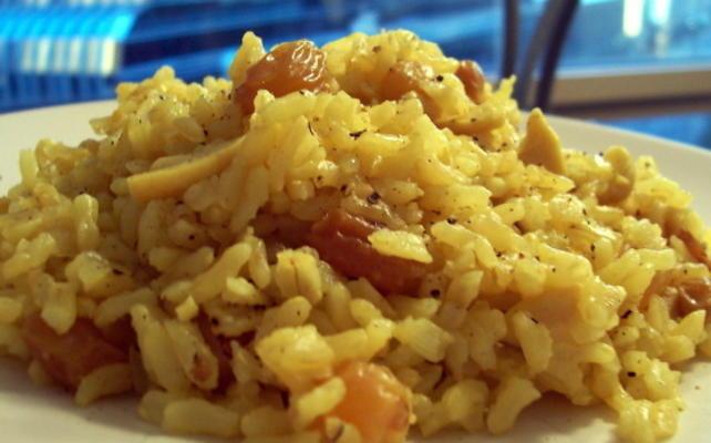 riz pilaf aux pignons et raisins