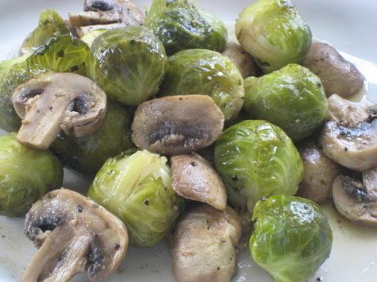 savoureux choux de Bruxelles et champignons