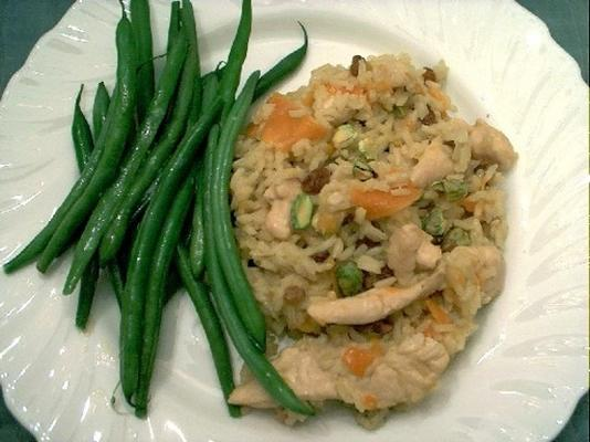 riz doré au poulet et à la pistache
