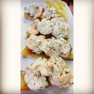 toast skagen - suédois - toast de crevettes