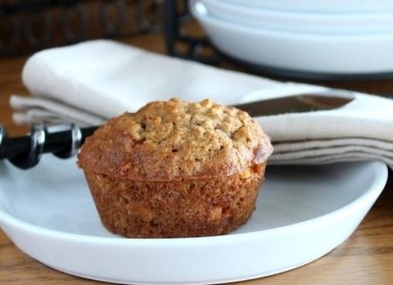 muffins à la banane de blé entier au caramel au beurre