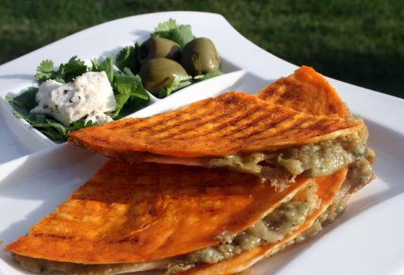 quesadillas aux piments et aux olives
