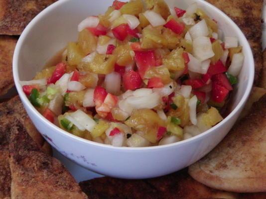 salsa épicée à l'ananas grillé avec gingembre et jalapenos