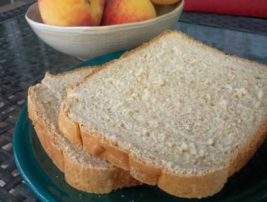 pêches et pain à la crème (machine à pain)