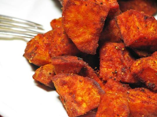 kumera cuit au four (patate douce) avec du paprika fumé sucré