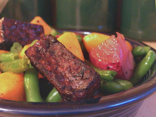 haricots verts avec glaçage à la courge musquée, au tofu et au sirop d'érable