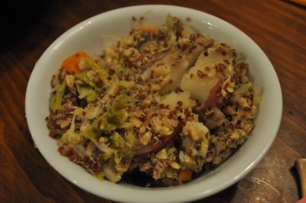 potage de légumes à l'orge de quinoa
