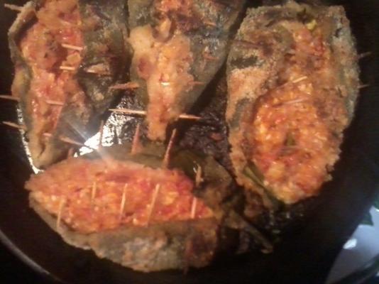 poblano farci au poulet avec chapelure au parmesan