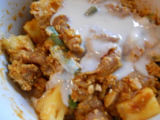Curry de porc et d'ananas à cuisson lente