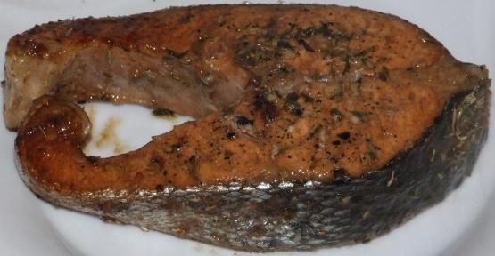 Saumon avec vinaigrette aux herbes